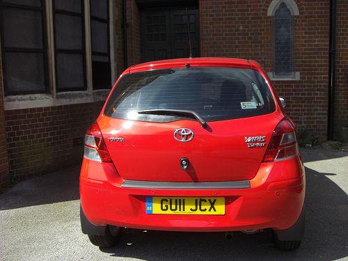 Toyota Yaris GU11 JCX taken in Hollingdean, Brighton.   Board Mobil Mewah - From: http://pasutri.us