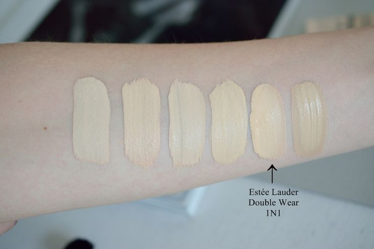 Estée Lauder Double Wear Swatch