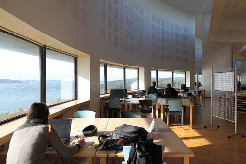 Bibliothèque La Pérouse Site de l'IUEM Technopôle