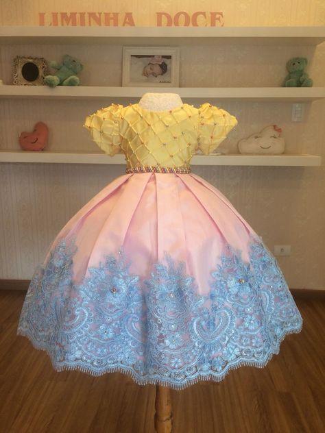 45230679c15 Detalhes da Roupa  Lindo vestido de luxo temático da coleçao infantil  Liminha Doce. Feito