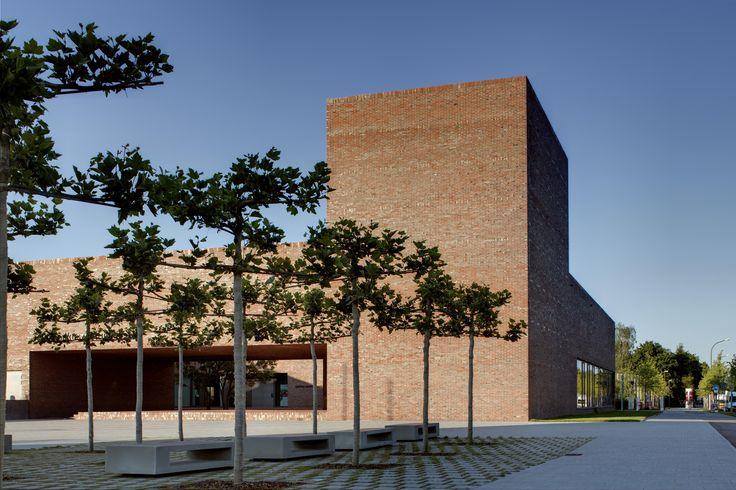 Dominikuszentrum in München by Meck architekten