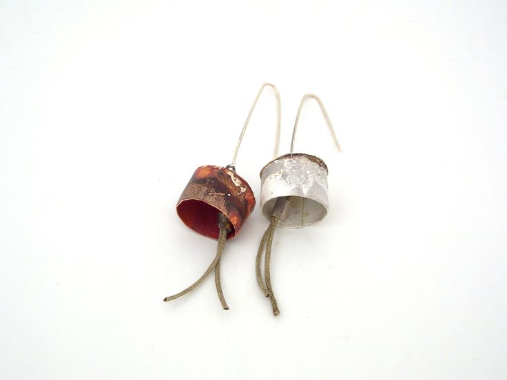 """sound""-earrings"