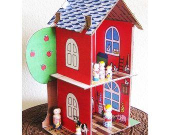 * * VENDITA solitamente $10,00 * * trasformare una scatola di cartone in una casa delle bambole. Creare facilmente una forte, completamente personalizzabile Eco amichevole Dollhouse che slot insieme. Non cè bisogno di colla o nastro.  Che immaginazione dei tuoi bambini crescere imparando circa il riciclaggio allo stesso tempo!  Il mio modello user-friendly è dotato di foto e un tutorial didattici facile da seguire. Una volta assemblato il vostro casa, la decorazione è così divertente! È…