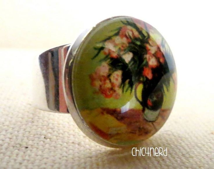 Anello (cameo 20mm)   Soggetto: Vincent Van Gogh_ Vase with Oleanders and Books, 1888 c  #rings #cameo #cabochon #vangogh #art  #jewelry