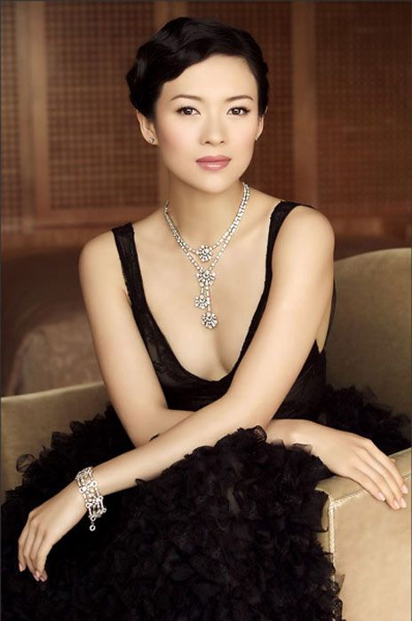 Zhang Ziyi- Memoirs of a Geisha loved her in that movie.