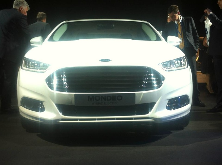 The front of the new Ford Mondeo Hybrid.  The new grille gives the car a very sports appearance, especially in white!  The hybrid was on show at the Ford Go Further Conference in Amsterdam.