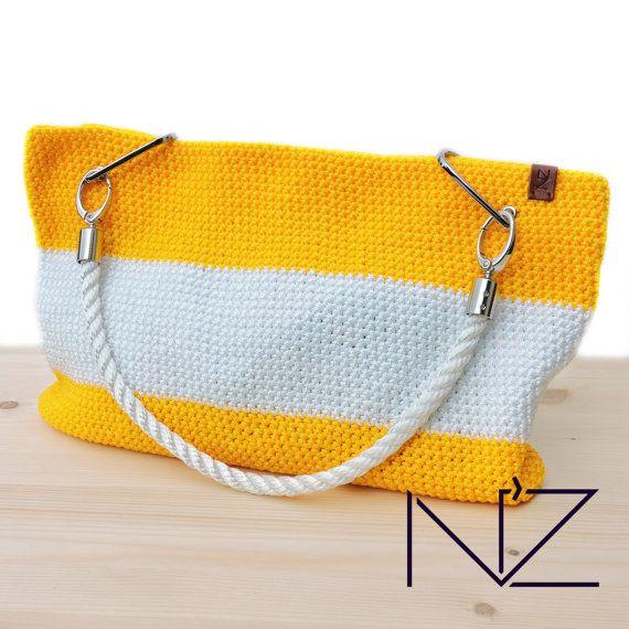Stil-Tasche für einen Strandurlaub geeignet. Es wird auch in der Stadt gut aussehen. Sehr hell und Sommer Stil. Diese Tasche aus der Cruise-Kollektion. Dies ist die erste Taschen der Marke NZ. Handmade macht es original. Tasche tragen nur wenige Exemplare, so sieht man nicht einmal jemand das