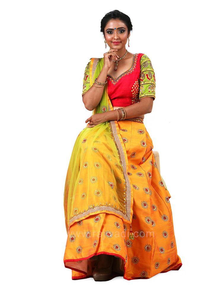 Bridal Raw Silk Choli Suit with Net Dupatta #rajwadi #cholisuit #readycholi #lehengas #embroidered #FeelRoyal #bridal #colorful