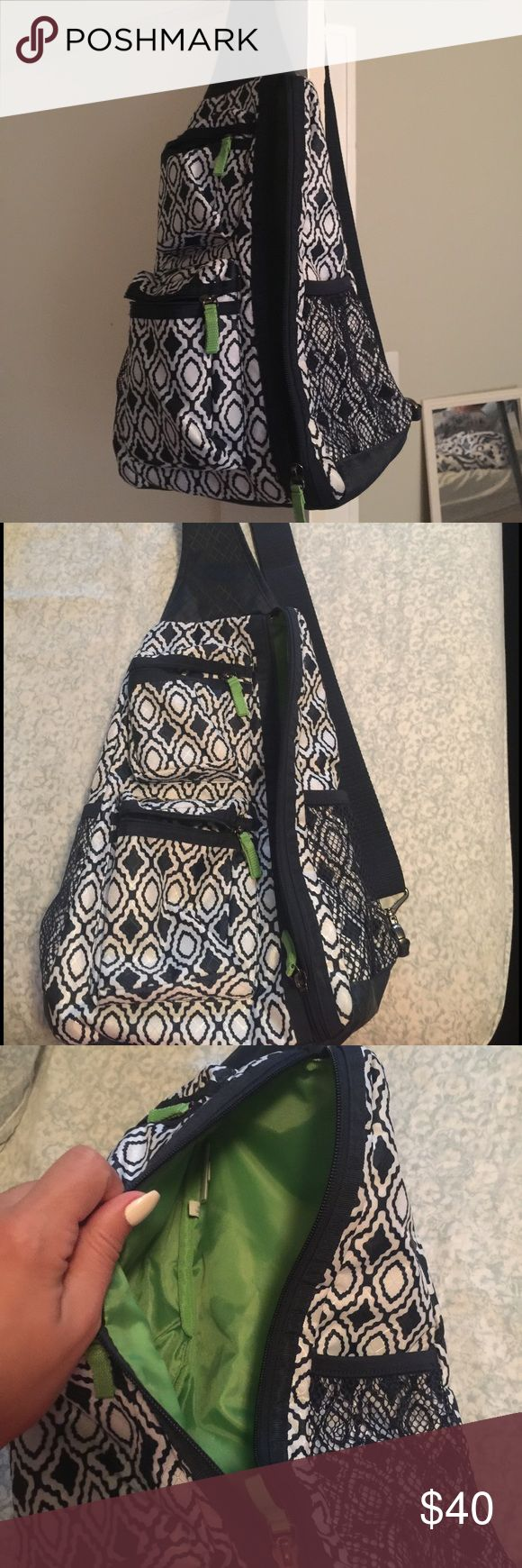 31 bag sling pack Only used on one trip - so like new. Thirty One Bags Crossbody Bags