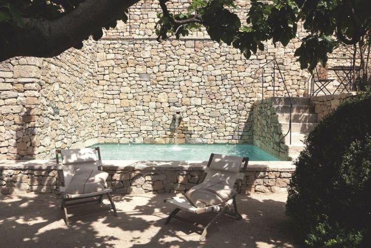 Une terrasse en méditerranée // Une maison en Provence par AM Designs