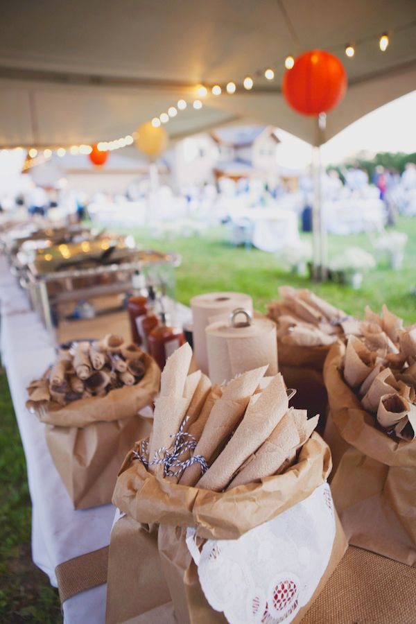 who would have though brown paper sacks would be cute to use to hold items!