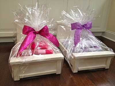 AG doll bed and bedding tutorial A+...uh can we say m's Christmas gift?!