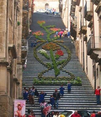 CALTAGIRONE (Sicilian: Caltaggiruni) SICILY CERAMIC STAIRS Italy