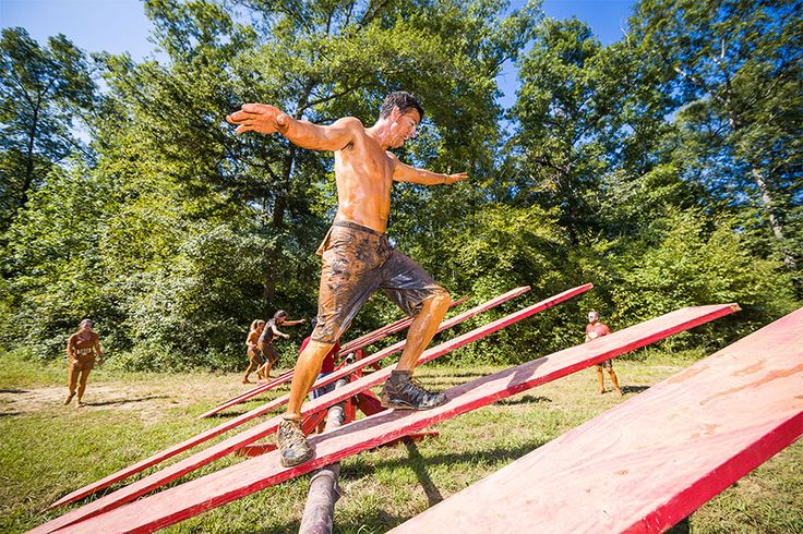 Rugged Maniac Obstacle Race Gets Crackin' with Mud, Sweat, and Beers -  #fitness #mud #race #sports