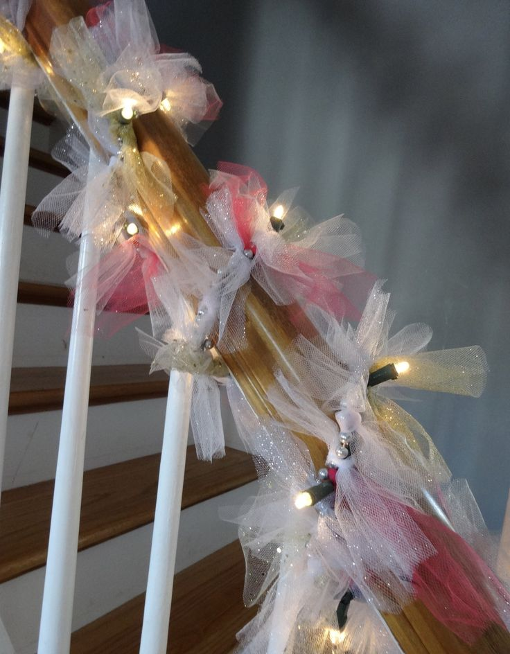 LIghted Tulle Garland | HappilyFrazzled.com