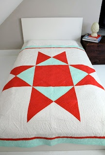 Ohio Supernova quilt designed by Heather Jones and quilted by Angela Walters.