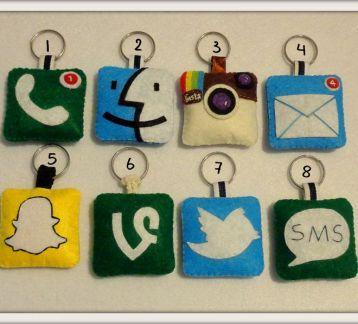 Sosyal Medya İkon Anahtarlıklar
