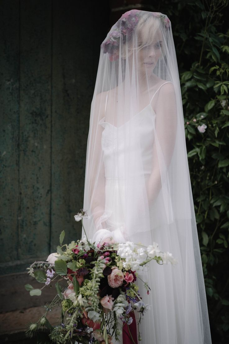 This beautiful image is taken from a styled shoot created for #britishflowersweek and featured on @lovemydress blog.