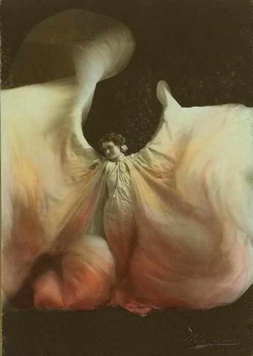 Loie Fuller - Loïe Fuller; (January 15, 1862 – January 1, 1928) was a pioneer of both modern dance and theatrical lighting techniques. Beautiful!
