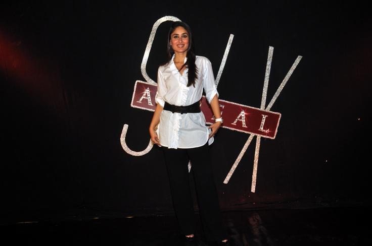 Bollywood - Kareena on the 6th anniversary of zoOm