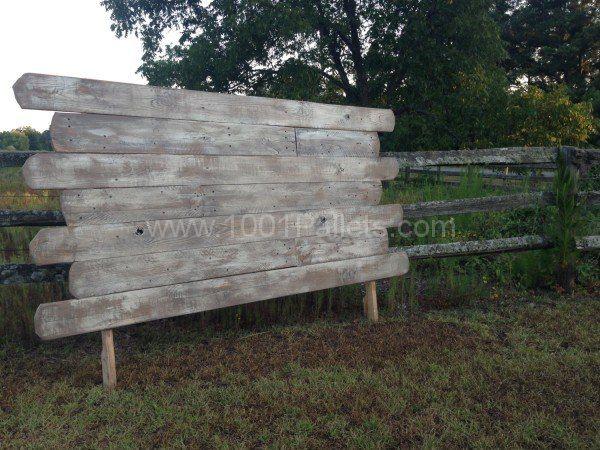 best 25 queen pallet headboards ideas on pinterest reclaimed wood headboard diy headboard. Black Bedroom Furniture Sets. Home Design Ideas