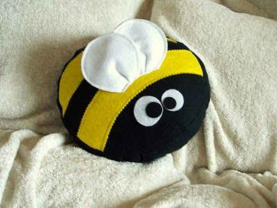 BedBugg Boutique: ~NEW~ Bizzee The Bumble Bee Pillow BedBuggs Pillow Collection