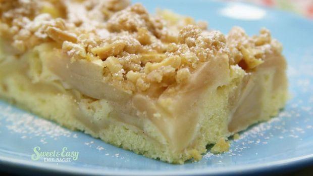 Apfel-Streuselkuchen vom Blech - Sweet & Easy - Enie backt - sixx