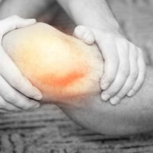 Get-Fit Guy offers expert fitness advice on how to adapt your workout program to accommodate a knee injury. Learn how to tailor your exercise routine for knee injuries.