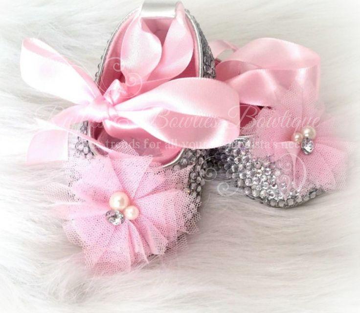 17 best ideas about ballet baby shower on pinterest tutu for Ballet shoes decoration