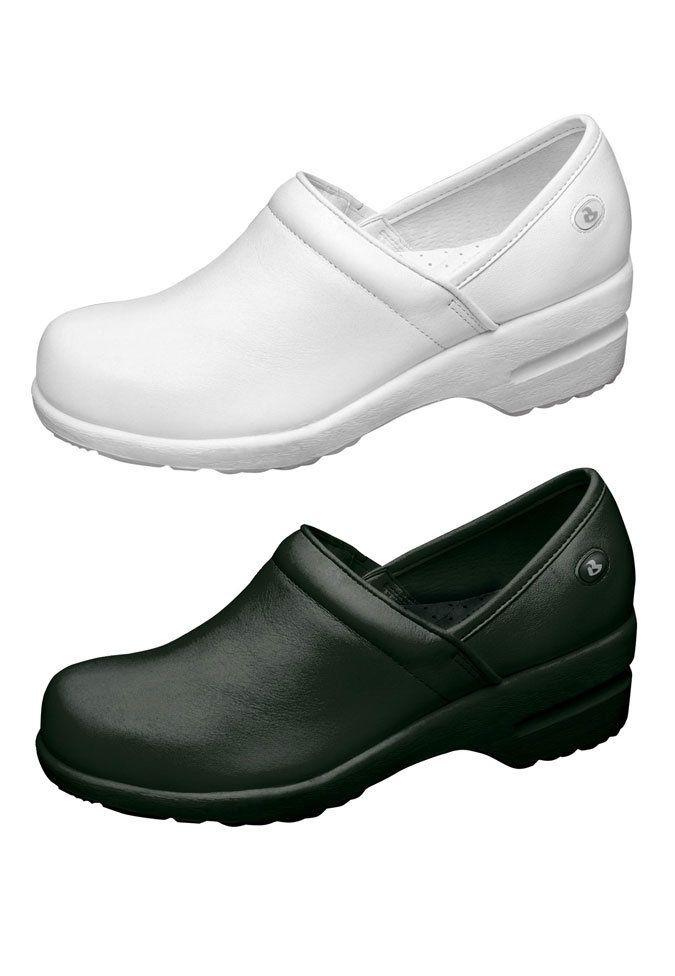 Cherokee Harmony slip-on shoe.