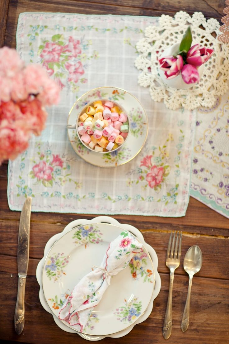 love this hankies as placemats & napkins! find hankys here: http://www.nanaluluslinensandhandkerchiefs.com/Articles.asp?ID=257