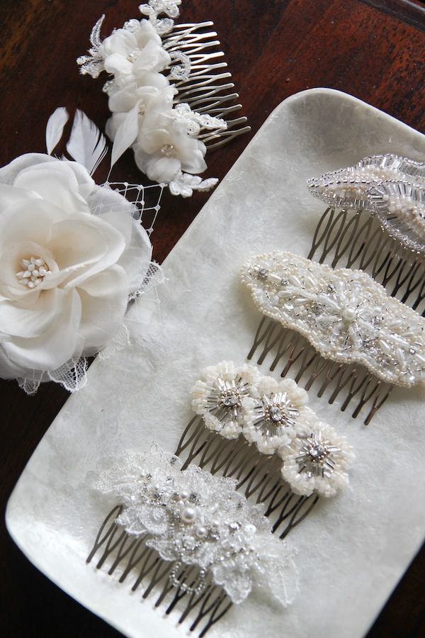 Small wedding hair combs – it's all in the details