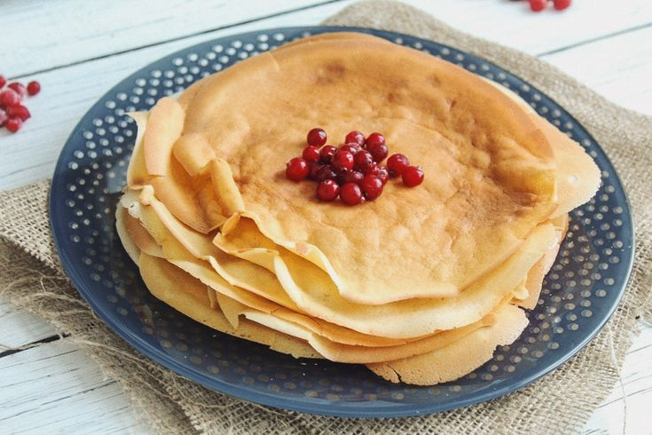 Crepes  Ingredients: 🔅2 eggs 🔅 3 tbls sugar or syrup ( agave, maple ) 🔅 300 ml of milk ( plant) 🔅 olive oil 3 tbls 🔅 400 ml of boiling water  🔅 pinch of salt Preparation: 1. Whip eggs with sugar and salt. 2. Add milk and oil and stir till homogeneous consistency. 3. Add flour and mix with whisk or in a mixer. 4. Add boiling water.  5. Cook crepes in well-heated frying pan.
