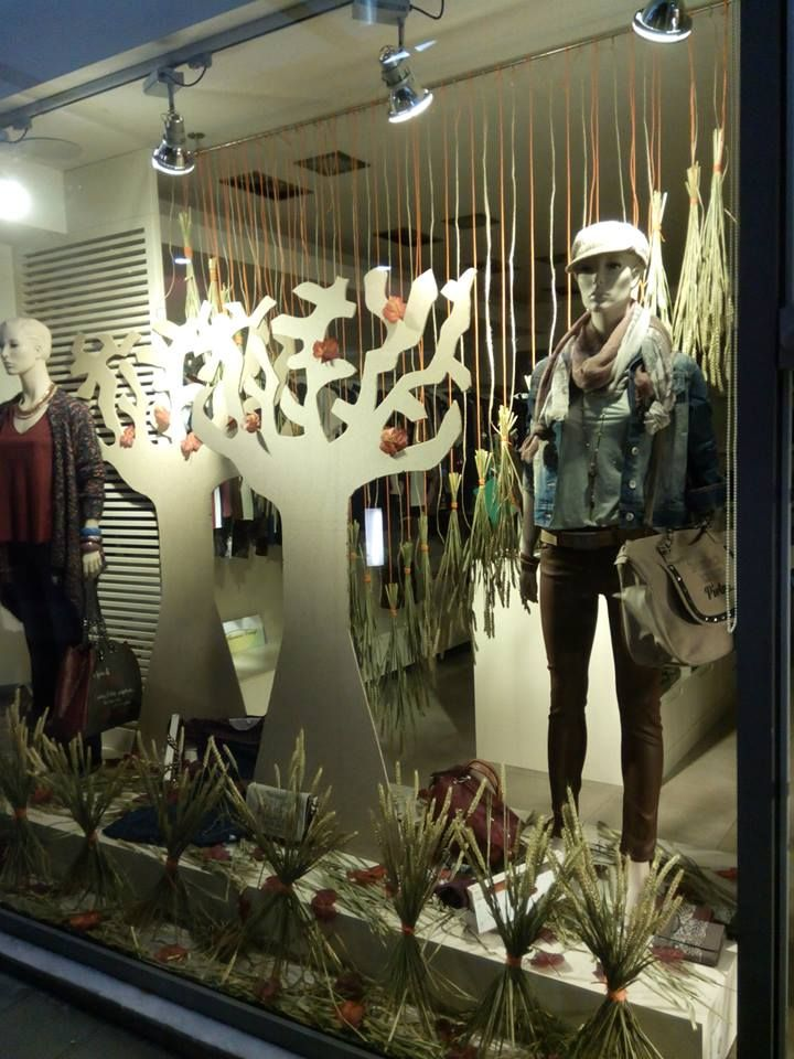 Fall window Display for Cuore