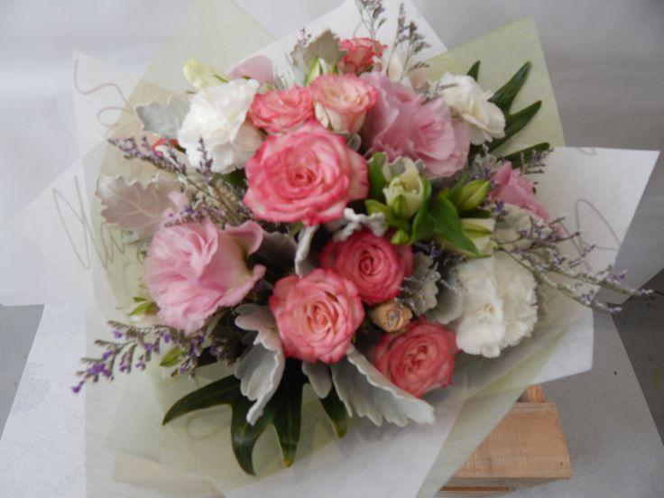 Vintage styled flower bouquet, order online at www.twigsflorist.com.au