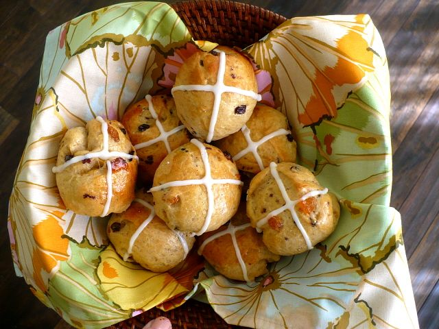 Easter Hot Cross Buns ~ soft, sweet yeasted rolls flavored with a cinnamon spice mix, orange and lemon zest, currants, and raisins.