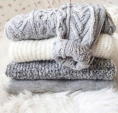 Welcome to the HoboWarehouse.Com We have a large selection of vintage warm sweaters waiting for you! Just make your choice's in the drop down menu and we will send you a fantastic sweater with your re                                                                                                                                                                                 More