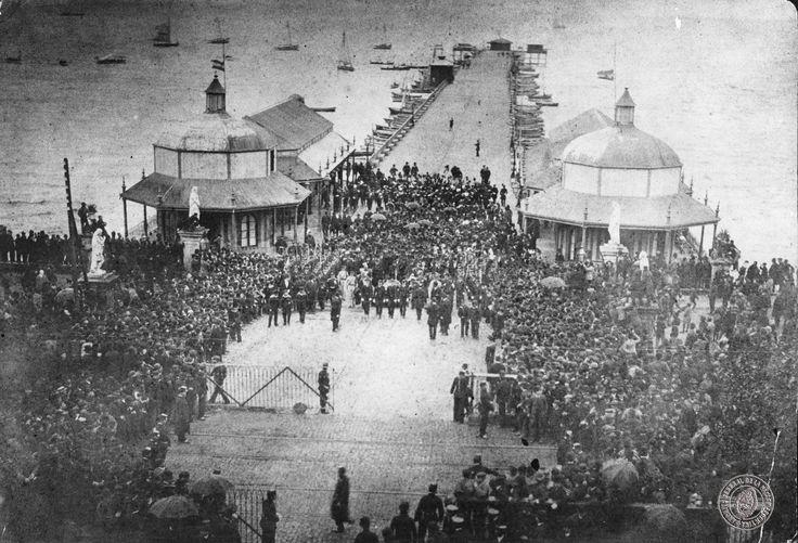 21 de septiembre de 1888, llegan a Buenos Aires los restos del presidente Domingo Faustino Sarmiento.