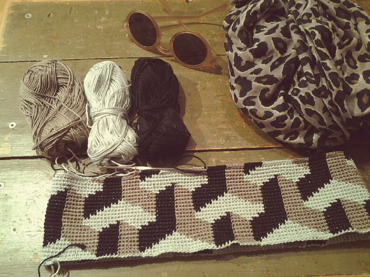 New geometric crochet pattern! This will be published in Virkkuri II, just wait for it!!