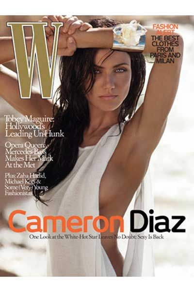 This has to be the best look for Cameron Diaz. Love the dark hair w/ light blue eyes.