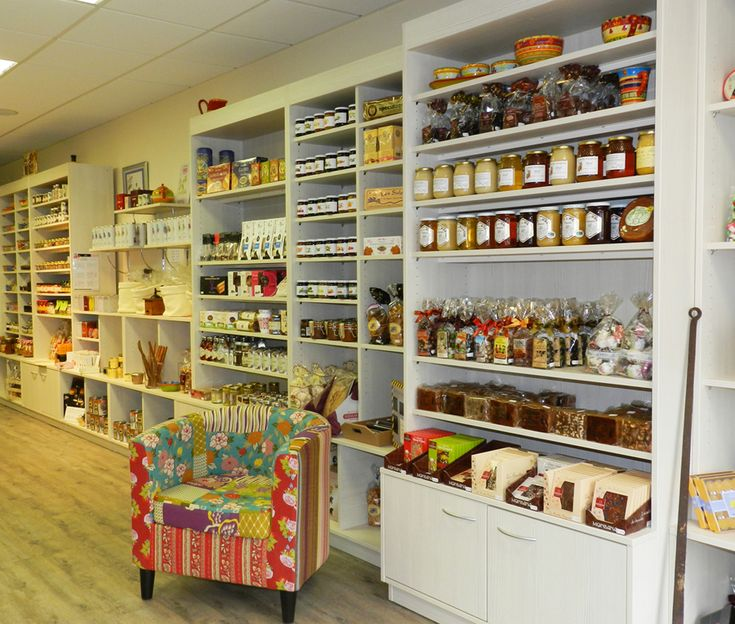 Agencement picerie fine mobilier personnalis picerie id es tag res pinterest picerie - Meuble agencement magasin ...