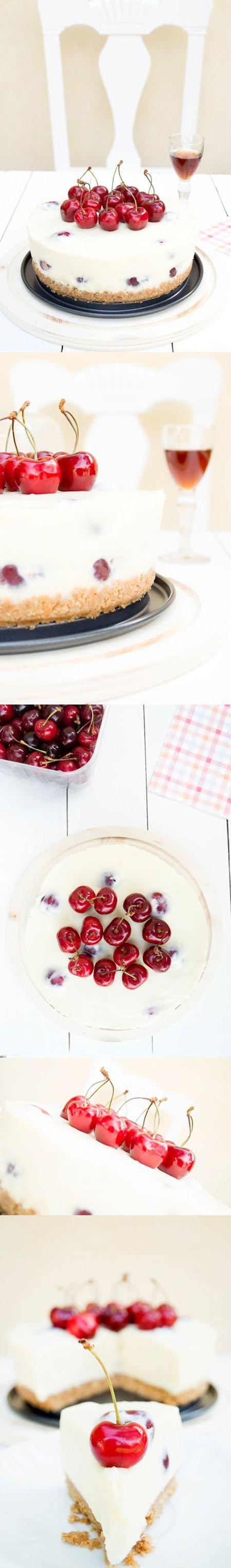 Tarta de queso con chocolate blanco y cerezas / http://midolceparadiso.blogspot.com.es/