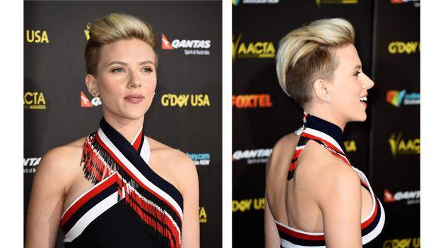 Scarlett Johansson, con tupé y la cabeza medio rapada