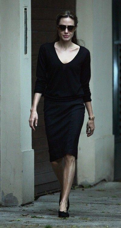 Angelina Jolie Nude Flats 103