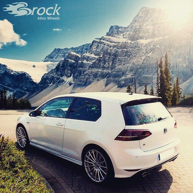 #brockb36 in #hyper #silber on #vw #golf #7r #golfr #volkswagen #rim #wheel #automotive #tuning #car #brockwheels #vwgolf #felgen #wheelsgram #sun #snow #mountain #berge #schnee #sonne #timetochange