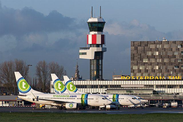 Llegar del Aeropuerto de Róterdam La Haya a Róterdam