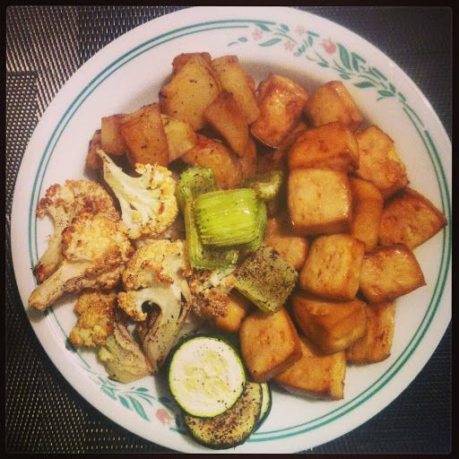The big man cooks  Best (and easy!) baked tofu....I could be a fan of this!