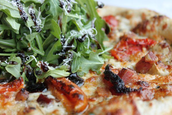 Fresh Arugula brings forth the perfect nuttiness to your pizza.