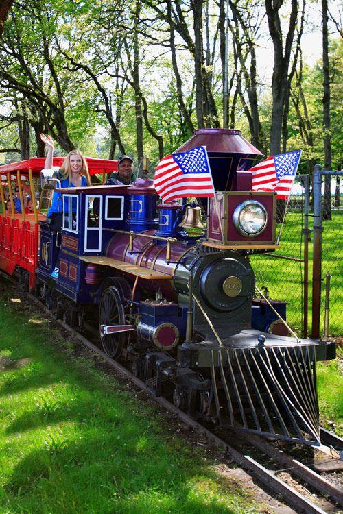 Train at Oaks Amusement Park in Portland, Oregon