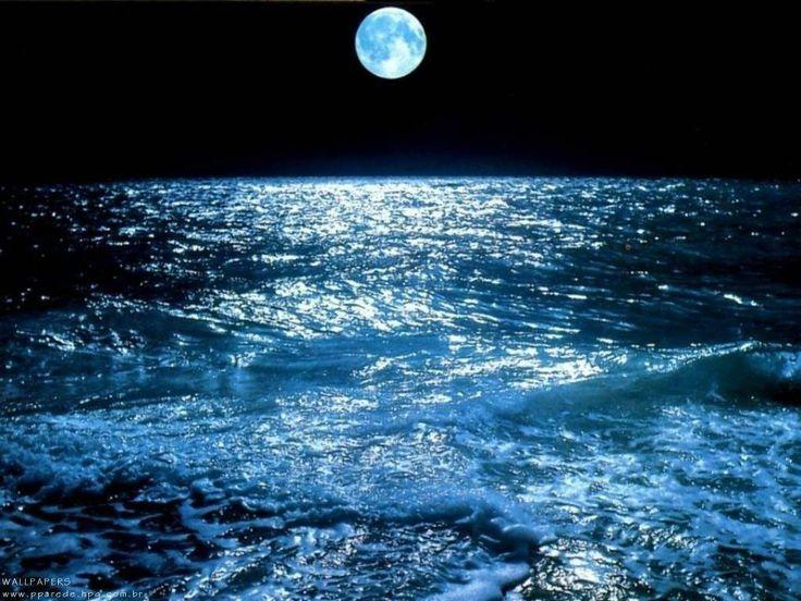 La energía de las mareas o energía mareomotriz